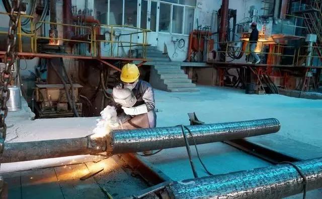川冶科技公司模具鋼生產現場